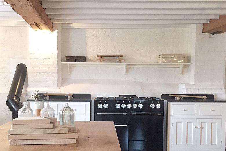 devol kitchen showroom loughborough 7